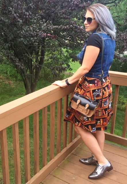 modcloth-fun-for-the-books-skirt